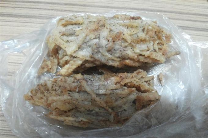Bánh khoai tôm