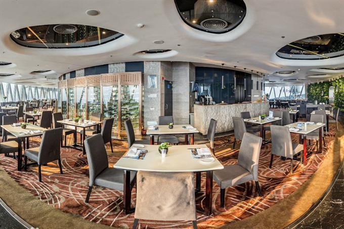 Nhà hàng xoay trên không cao nhất ở Quảng Châu