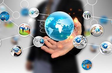 Internet thay đổi cuộc sống, thúc đẩy phát triển kinh tế thế giới.