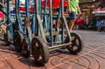 Đóng bao vận chuyển từ các chợ đầu mối bán buôn tại Quảng Châu