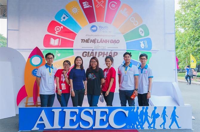 YouthSpeak Forum 2019 được tổ chức với sứ mệnh tạo nên một không gian kết nối giới trẻ