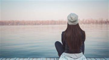 Vì sao chúng ta không hạnh phúc dù lương cao và cuộc sống tốt?