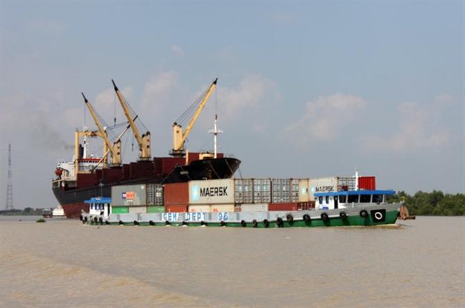 đường thủy Xuyên Á