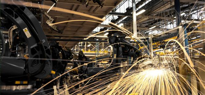 Công nghiệp Mỹ trở lại số 1 thế giới