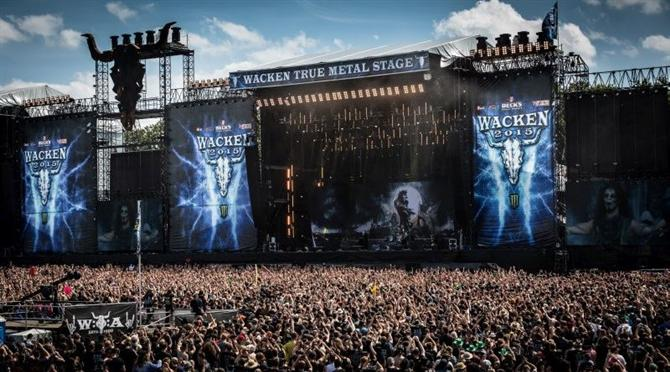 https://i1.wp.com/vanguarddaily.com/wp-content/uploads/2017/05/Wacken_Open_Air_2015-2482.jpg?fit=800%2C445&ssl=1