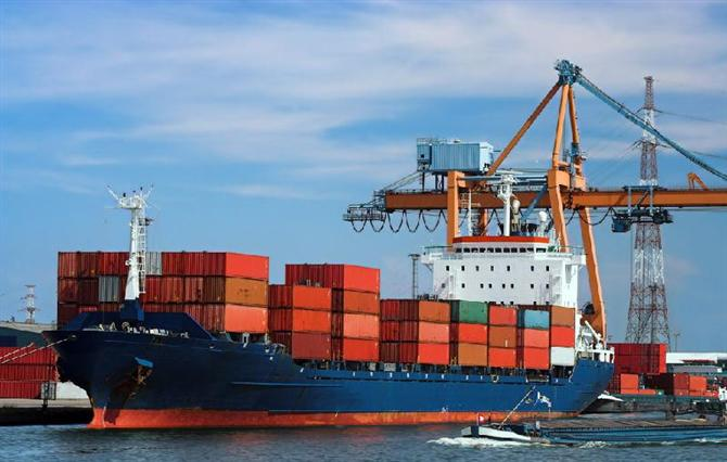 phí phát sinh trong Xuất nhập khẩu