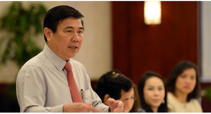 Ông Nguyễn Thành Phong, Chủ tịch UBND TP.HCM phát biểu tình hình phát triển kinh tế thành phố tại buổi gặp gỡ tổ chức lãnh đạo trẻ Việt Nam.